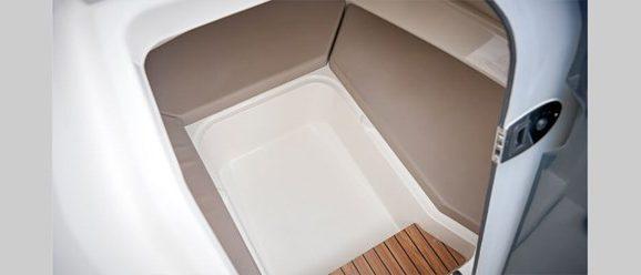 605-sundeck-details-0605_u-shape-seating-area_f